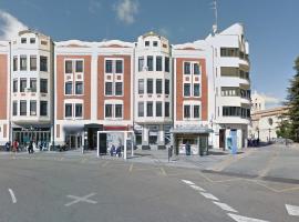 Piso de 4 dormitorios en Plaza de Leon Ref.10958