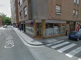 Local comercial en esquina Cirilo Tejerina-Mariano Prieto Ref.08891