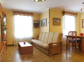 Apartamento de dos dormitorios en Calle Jardines Ref.11003