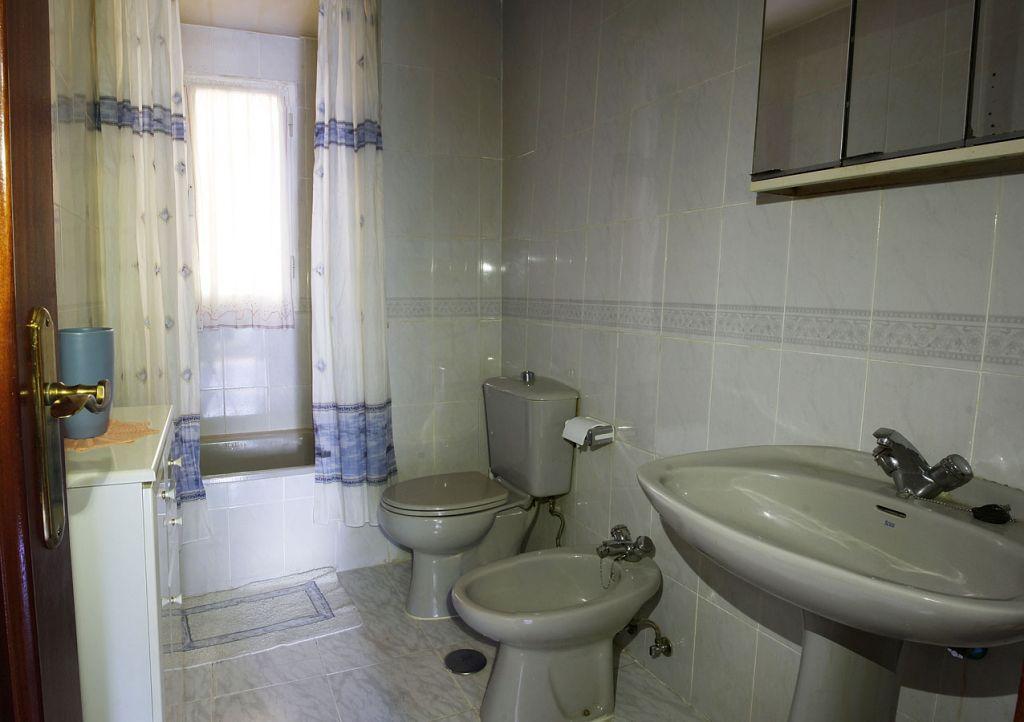 Superior Piso De 3 Dormitorios Y Dos Baños En Zona De Carrefour Ref:12151